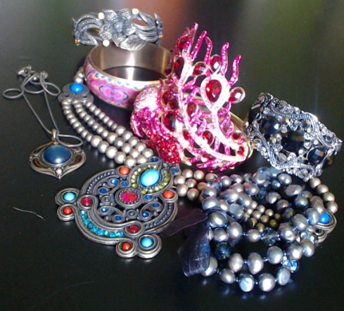 All That Glitters - Costume