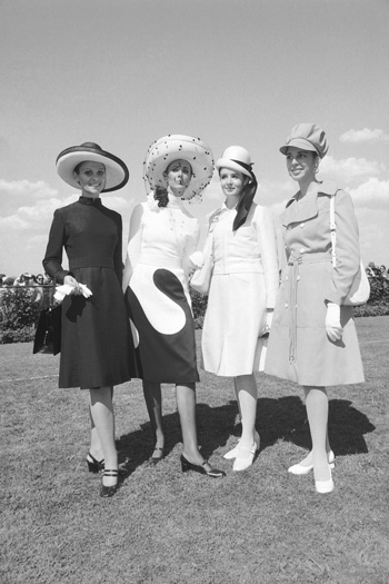 1971 Melbourne Cup Day winner Fashions on the Field