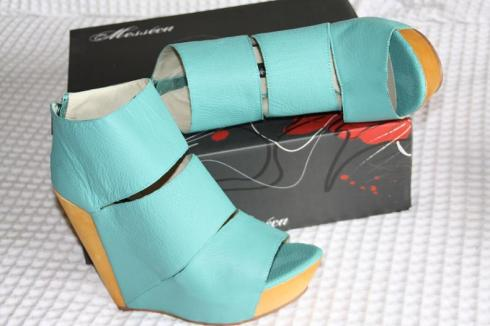 Fabulous Turqoise Wedge Heels