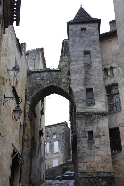 Laneway and Buildings in St. Emilion - October 2012