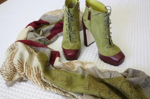 Pollini Boots and Scarf - Barcelona 2012