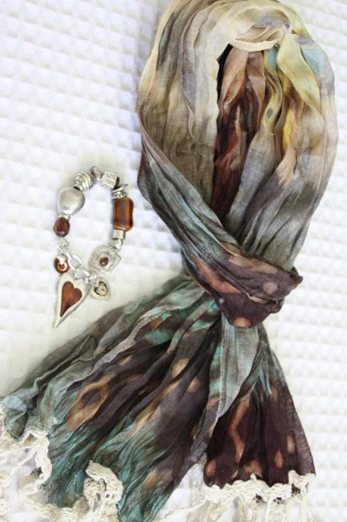 Scarf and Bracelet from Libourne - October 2012