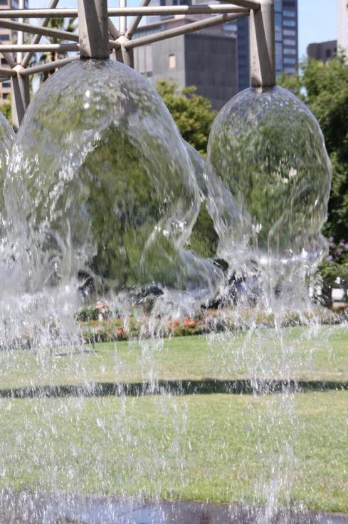 Fountain - Water Bubbles