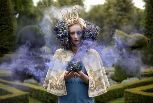 Kirsty Mitchell - Fairy Tale - Evil Queen