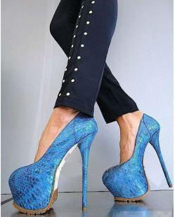 Killer heels & No Socks