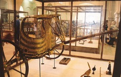 Egyptian_Museum_Tut_s_chariot