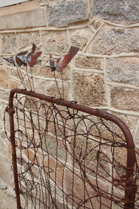 Love this decorative garden sculpture